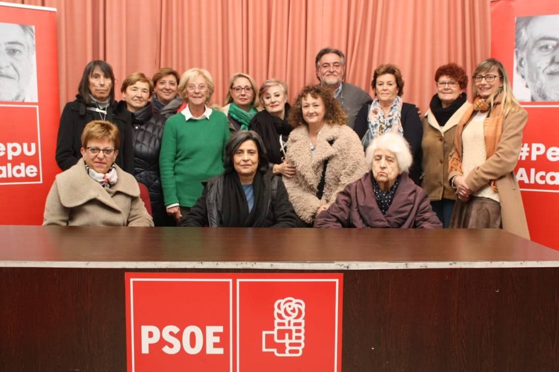 #PepuAlcalde con vecinas y militantes en la sede del PSOE Tetuán.
